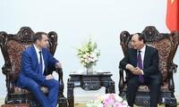 Vietnam, France enhance time-honored ties