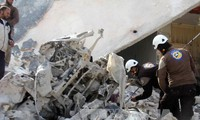 More than a hundred killed in renewed airstrikes in Aleppo