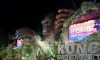 "Hollywood's ""Kong: Skull Island"" hits Vietnam theaters"