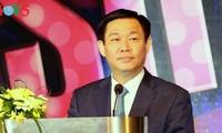 Deputy Prime Minister Vuong Dinh Hue attends Amcham Gala 2017