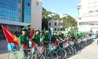 """Chương trình đạp xe xuyên Việt """"Vì biển đảo quê hương"""" lần 6 năm 2013"""