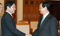 Thủ tướng Nguyễn Tấn Dũng tiếp Bộ trưởng Quốc phòng Nhật Bản
