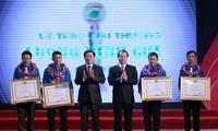 Trao giải thưởng Lương Định Của cho 150 thanh niên nông thôn