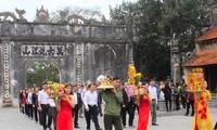 Tỉnh Hải Dương kỷ niệm 50 năm Chủ tịch Hồ Chí Minh về thăm Côn Sơn