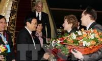 Chủ tịch nước Trương Tấn Sang tiếp Chủ tịch Đảng Cộng sản và lãnh đạo các tập đoàn Nga