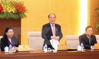 Ủy ban Thường vụ Quốc hội cho ý kiến về Dự án Bộ Luật dân sự (sửa đổi) và dự án Luật trưng cầu ý dân