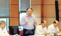 Quốc hội thảo luận ở hội trường về dự thảo Luật kiểm toán Nhà nước