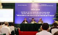 Trí thức Việt kiều góp ý nâng cao năng lực cạnh tranh của Việt Nam trong nền kinh tế toàn cầu