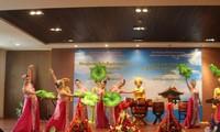 Trung tâm Văn hóa Việt Nam: Cầu nối văn hóa Việt - Lào