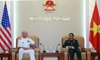 Tổng Tham mưu trưởng Quân đội nhân dân Việt Nam tiếp Tư lệnh Hạm đội Thái Bình Dương