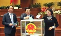Quốc hội biểu quyết thông qua công tác nhân sự Chính phủ và các Nghị quyết quan trọng