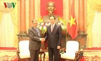 Chủ tịch nước Trần Đại Quang tiếp Bộ trưởng Ngoại thương và Công nghiệp Malaysia