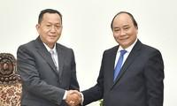 Thủ tướng Nguyễn Xuân Phúc tiếp ông Sounthone Khanthavong, Tổng giám đốc Thông tấn Pathet, Lào