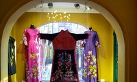 Không gian áo dài, một cách làm du lịch mới của Hà Nội