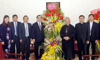 Chúc mừng các chức sắc, đồng bào Công giáo nhân dịp Giáng sinh