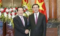 Chủ tịch nước Trần Đại Quang tiếp Chủ tịch Quốc hội Hàn Quốc Chung Sye-kyun