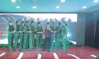 Đoàn kịch Nhà hát quân đội biểu diễn tại Nga