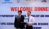 Trao Giải thưởng Khoa học APEC về Đổi mới, Nghiên cứu và Giáo dục (ASPIRE 2017)