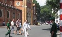 Thành phố Hồ Chí Minh xây dựng hình ảnh thành phố thân thiện,hấp dẫn và an toàn cho du khách quốc tế