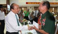 Thủ tướng dự Hội nghị biểu dương người có công với cách mạng tiêu biểu tỉnh Quảng Nam