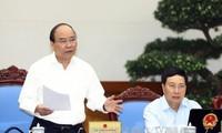 Thủ tướng Nguyễn Xuân Phúc chủ trì phiên họp thường kỳ Chính phủ tháng 7