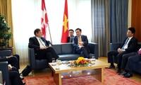 Phó Thủ tướng Vương Đình Huệ làm việc với lãnh đạo cấp cao trong Chính phủ và Nghị viện của Thuỵ Sỹ