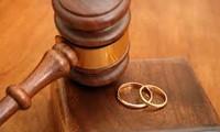 Tòa án nhân dân tỉnh Quảng Nam thông báo cho ông Võ Tấn Lịch về việc giải quyết ly hôn