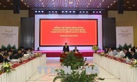 Phó Thủ tướng Trịnh Đình Dũng thăm và làm việc tại Sơn La