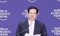นายกรัฐมนตรี Nguyen Tan Dung เข้าร่วมฟอรั่มเศรษฐกิจโลกเอเชียตะวันออก 2012
