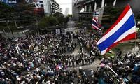 ศาลไทยสั่งห้ามใช้ความรุนแรงกับผู้ชมนุม