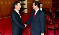 นายกรัฐมนตรีเหงียนเติ๊นหยุงให้การต้อนรับรองนายกรัฐมนตรีจีน