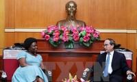 ประธานแนวร่วมปิตุภูมิเวียดนามให้การต้อนรับรองประธานธนาคารโลก