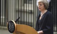 นาง Theresa May สาบานตนเข้ารับตำแหน่งนายกรัฐมนตรีอังกฤษและประกาศค.ร.ม.ชุดใหม่