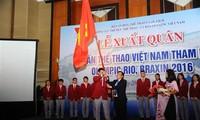 พิธีปล่อยแถวขบวนคณะนักกีฬาเวียดนามเพื่อเข้าร่วมการแข่งขันกีฬาโอลิมปิก ริโอ 2016