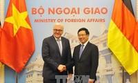 เวียดนามและเยอรมนีสนับสนุนกันในฟอรั่มพหุภาคีและองค์การระหว่างประเทศ