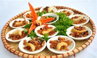 ลิ้มลองอาหารว่างพื้นเมืองในกรุงเก่าเว้