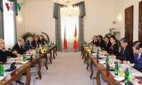 ประธานรัฐสภาเวียดนามเสร็จสิ้นการเยือนสาธารณรัฐเช็กอย่างเป็นทางการ