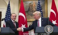 ผู้นำสหรัฐและตุรกีเร่งรัดให้ทุกฝ่ายที่เกี่ยวข้องในอ่าวเปอร์เซียลดความตึงเครียด