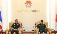รัฐมนตรีกลาโหมเวียดนามให้การต้อนรับปลัดกระทรวงกลาโหมไทย