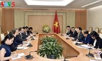 รองนายกรัฐมนตรีเวืองดิ่งเหวะให้การต้อนรับสมาคมผู้ประกอบการยุโรปในเวียดนาม