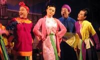 """รายการ """"ฮานอยคืนวันเสาร์"""" นำศิลปะการแสดงแจ่วใกล้ชิดกับผู้ชมมากขึ้น"""