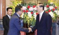 ประธานประเทศเจิ่นด่ายกวางให้การต้อนรับคณะผู้แทนสภากาชาด-เสี้ยววงเดือนแดงระหว่างประเทศและภูมิภาค
