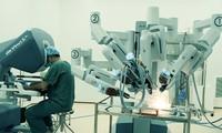 โครงการผ่าตัดโรคมะเร็งด้วยหุ่นยนตร์ฟรี
