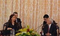 ภารกิจของท่านครีสตินา เฟร์นันเดซ เด กีร์ชเน ประธานาธิบดีอาร์เจนตินาในเวียดนาม