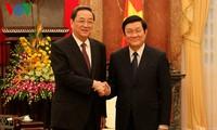 คณะผู้แทนพรรคคอมมิวนิสต์และการประชุมเจรจาทางการเมืองจีนเยือนเวียดนาม