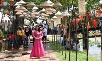 Chợ quê ngày hội cầu ngói Thanh Toàn