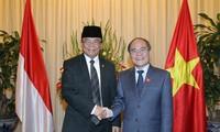 Việt Nam luôn coi trọng và ưu tiên thúc đẩy quan hệ với Indonesia