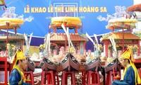 Lễ khao lề thế lính Hoàng Sa được tái hiện trong không gian của Làng văn hóa- du lịch các dân tộc VN
