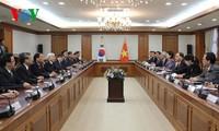 Tổng Bí thư Nguyễn Phú Trọng hội kiến với các nhà Lãnh đạo Hàn Quốc