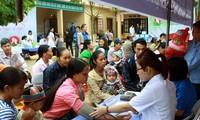 Đẩy mạnh xã hội hóa, huy động các nguồn lực cho công tác chăm sóc sức khỏe nhân dân